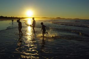 Sunset at Kirra Beach | WorldMark South Pacific Club by Wyndham