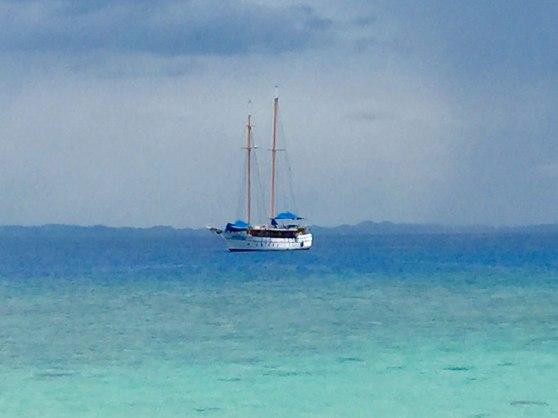 Sail the Fiji islands